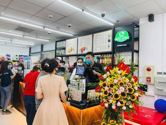 Phúc Long xuất hiện lần đầu tiên ở siêu thị VinMart Hà Nội